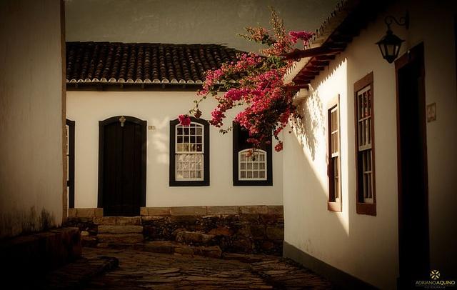 Tiradentes- Mg convida os visitantes a belos dias de descanso.
