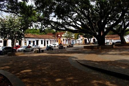Trago a vocês Tiradentes, uma pequena, bucólica, turística, refinada, movimentada cidade turística mineira, pérola da arquitetura colonial brasileira.