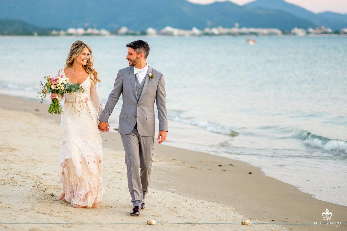 Mais um casamento lindíssimo que recebemos em Ponta das Canas