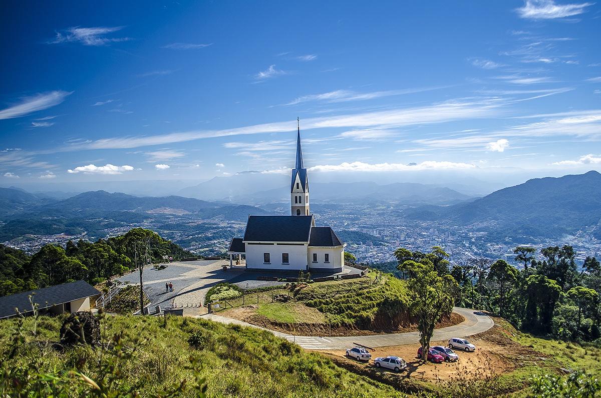 Missa e Almoço na Chiesetta Alpina